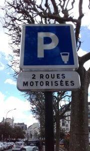 Le stationnement des 2RM est devenu payant à Charenton et Vincennes
