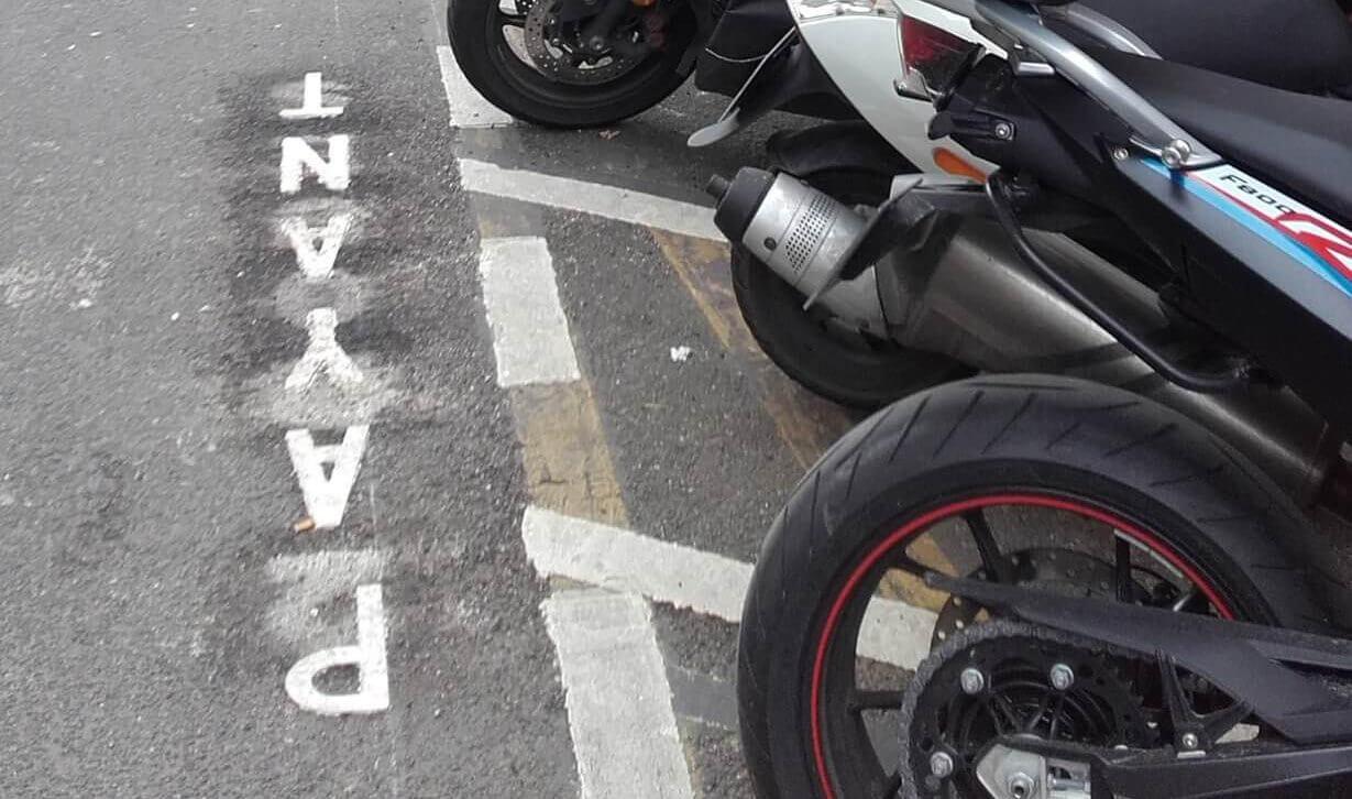 Conseil de Paris : RasLeScoot est pour le stationnement payant des véhicules motorisés à 2/3 roues